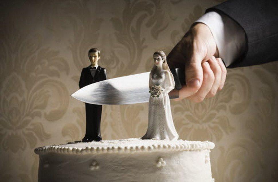 Top-25-des-gâteaux-de-divorce-les-plus-insolites-8