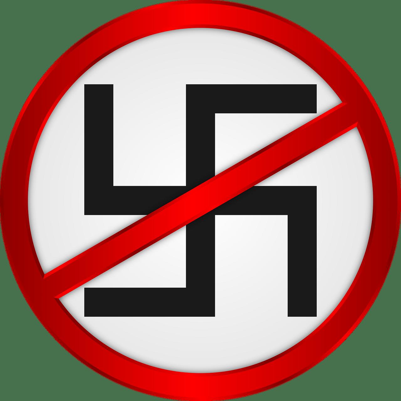 Правительство Франции будет бороться с расизмом