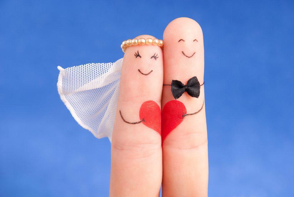 Открытка креативная с днем свадьбы