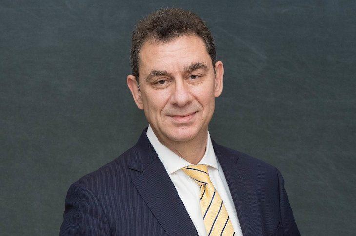 Антисемитизм в Греции – на этот раз демонизация генерального директора Pfizer